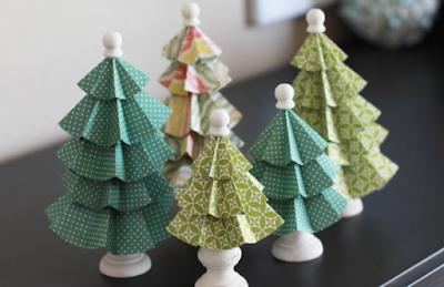 10 Gambar Pohon Natal Dari Kertas dan Kardus Yang Bisa Jadi Inspirasi