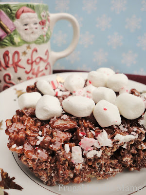 A classic no-bake treat get a festive twist perfect for the holidays in these Peppermint Hot Chocolate Krispies Treats.