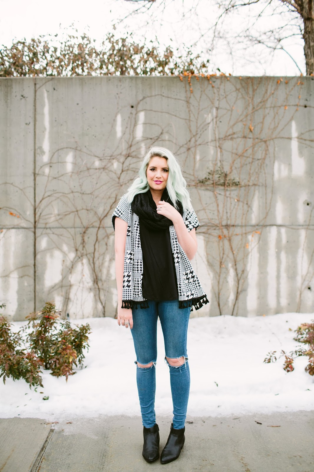 Winter outfit, Utah fashion blogger, The Red closet Shop
