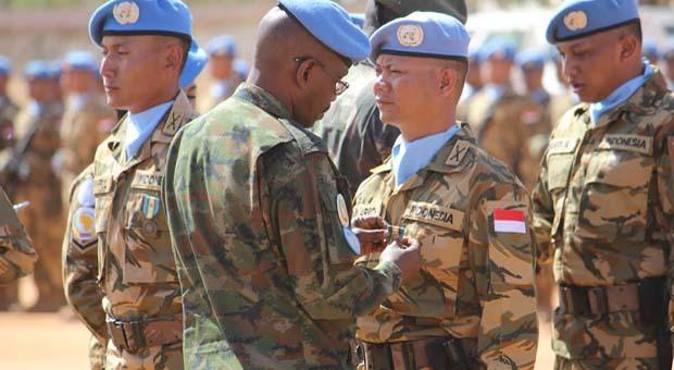Indobatt Terima Penghargaan Medali PBB di Sudan