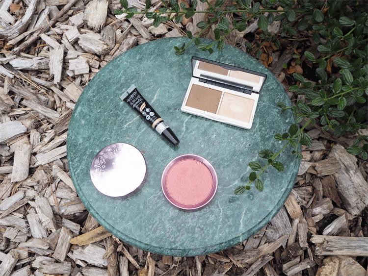 Make-Up-Produkte für reine Haut