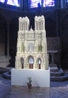 Макет Реймсского собора