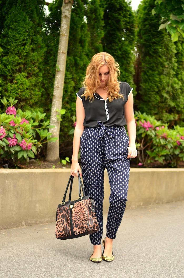 Mixed prints outfit idea