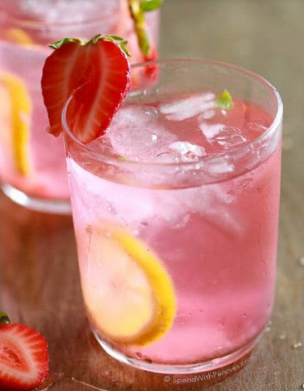 Easy Homemade Strawberry Lemonade #lemonade #drink