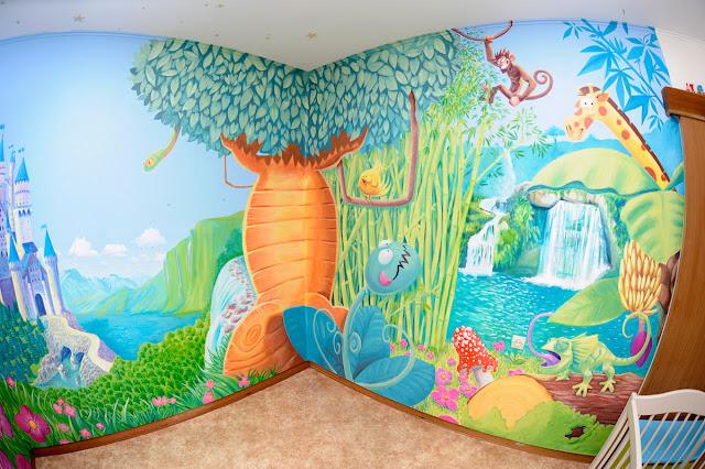 fresque représentant une jungle pour une chambre d'enfant