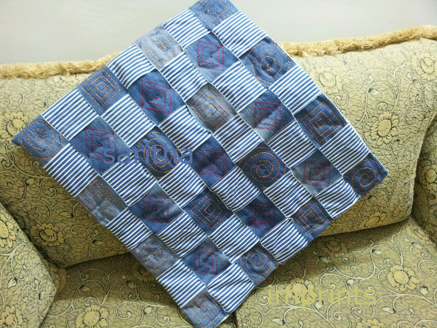 http://www.imprintshandmade.com/2013/02/how-to-recycle-old-jeans-quilt-place-mat.html