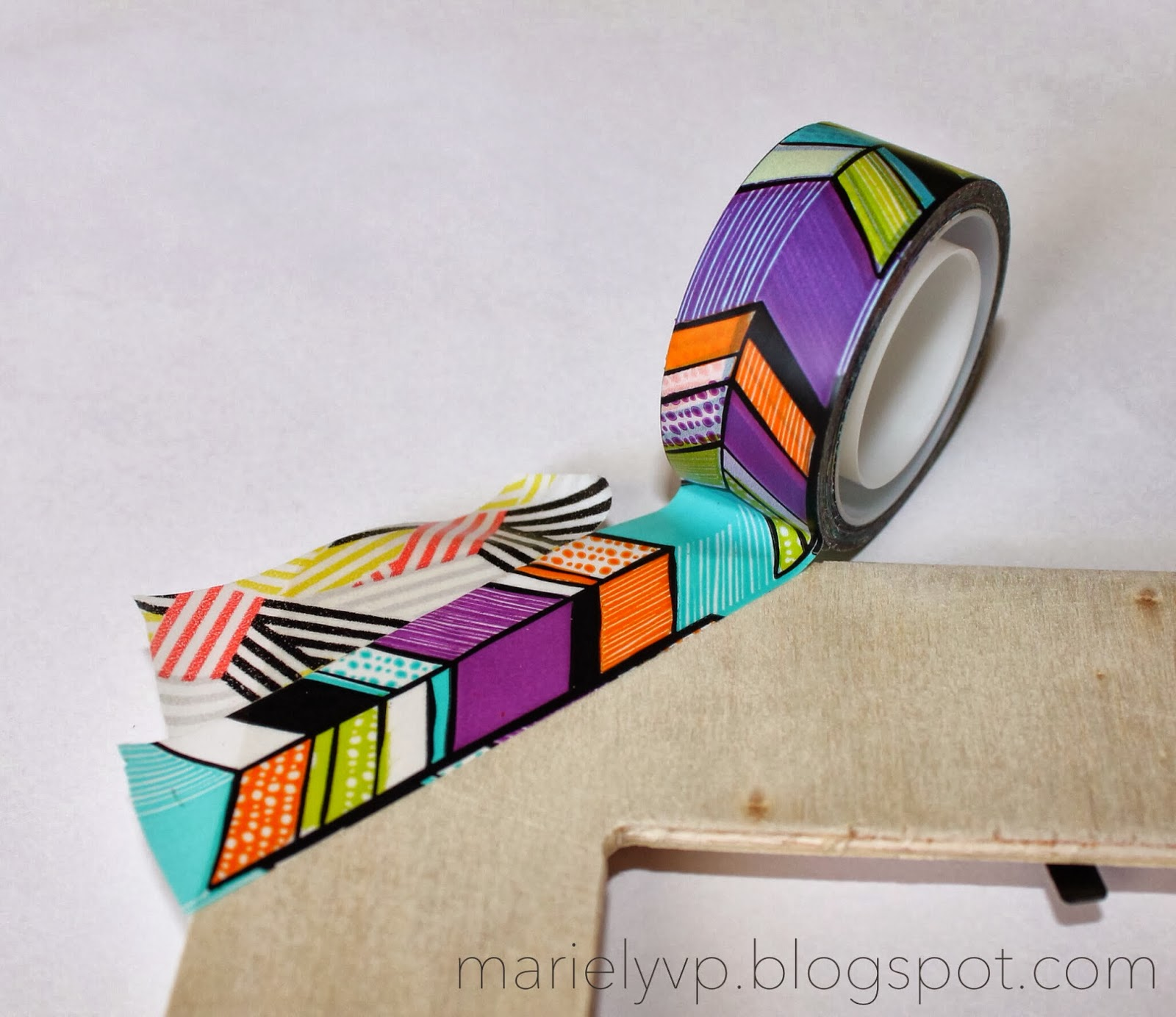 we read diy washi tape photo frame. Black Bedroom Furniture Sets. Home Design Ideas