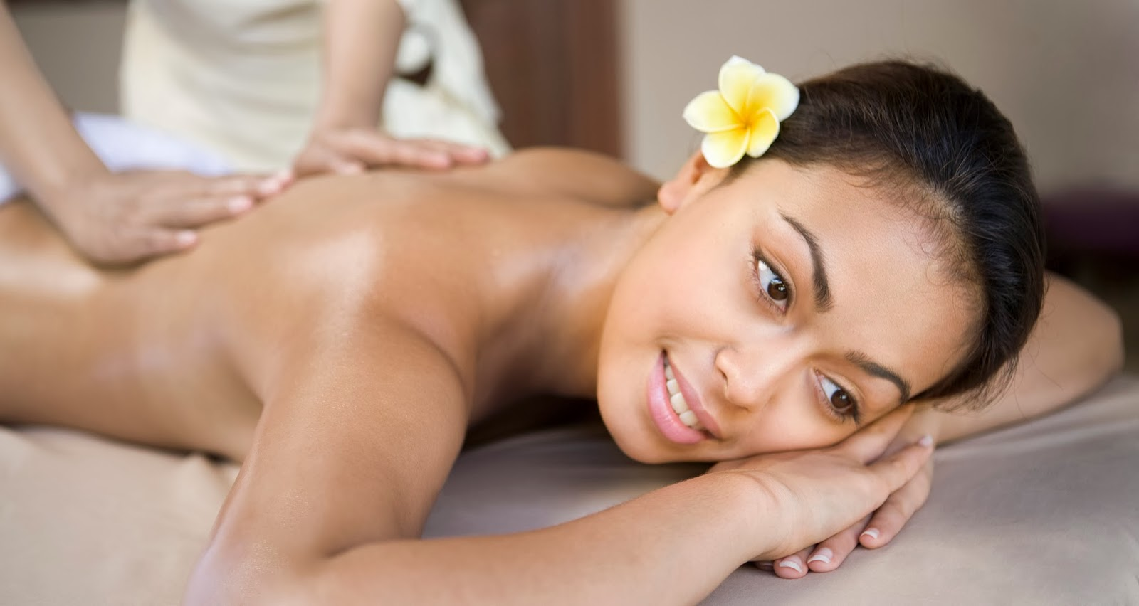 Видео мулатки массаж фото