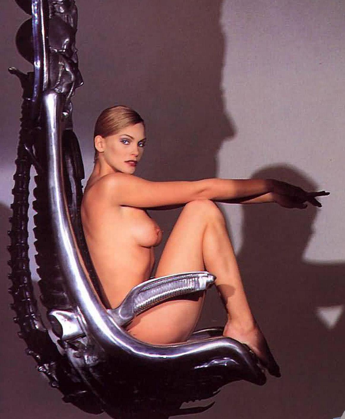 Natasha henstridge sex