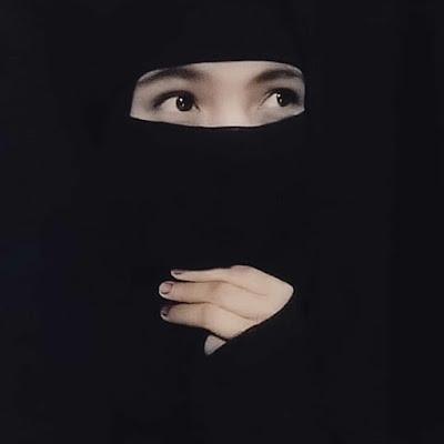 DP BBM Wanita Muslimah Bercadar Hitam