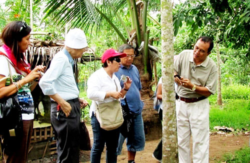 Rubber Industry Sub Committee Visits Rubber Plantations In