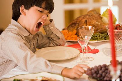 Bahaya Tidur Setelah Makan Sahur untuk Kesehatan dan Cara Mengatasinya
