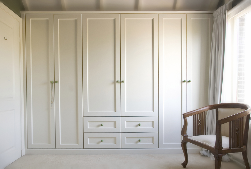White Wardrobe Cabinets for the Bedroom 13