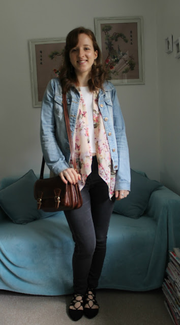 OOTD, Primark, Kimono, Floral Kimono, Black Shoes, Black Pointy Shies, Outfit, Fashion