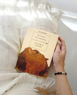 Le vergini suicide - Jeffrey Eugenides Recensione no-spoiler Felice con un libro