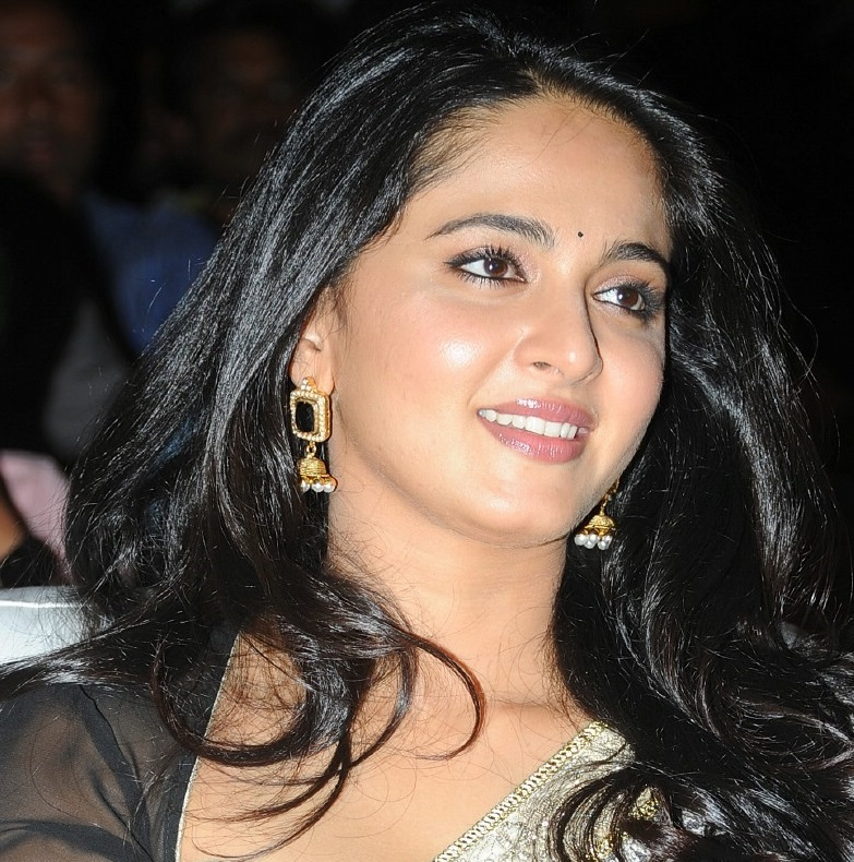 Actress Anushka Shetty Beautiful Long Hair Smiling Chubby Face Close Up Stills