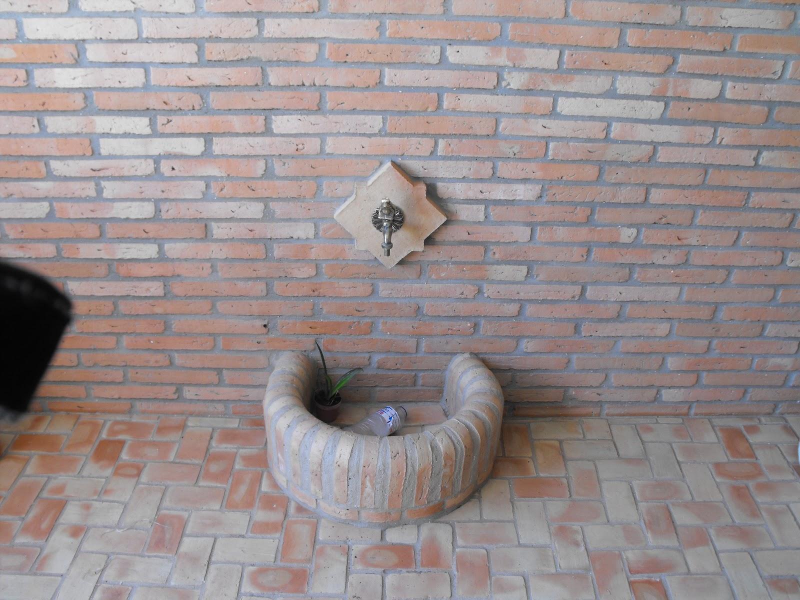 Suelos de barro pared suelo y pileta todo ceramico for Ladrillos para piletas