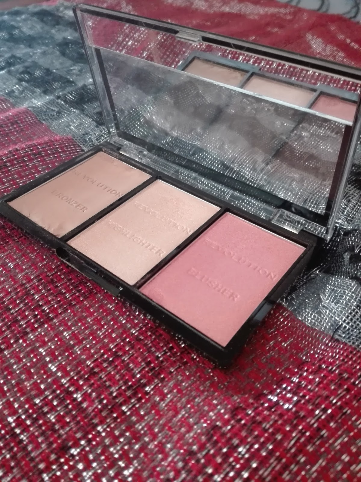 Today I'm reviewing Makeup Revolution Ultra Sculpt and Contour Pallet in shade (Ultra Fair C01).