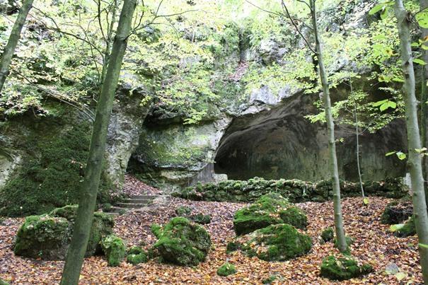felsen-und-grotten-in-sanspareil
