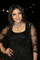 Sakshi Agarwal looks stunning in all black gown at 64th Jio Filmfare Awards South ~  Exclusive 131.JPG