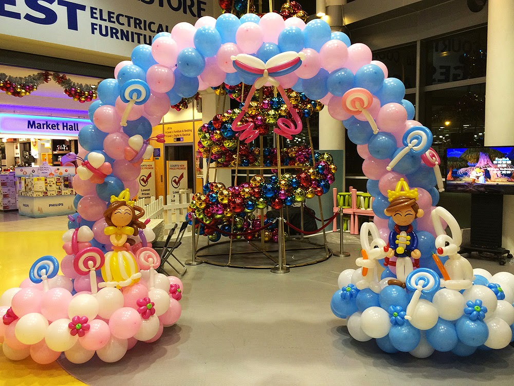 Balloons Booth: Different Types of Balloon Decorations!
