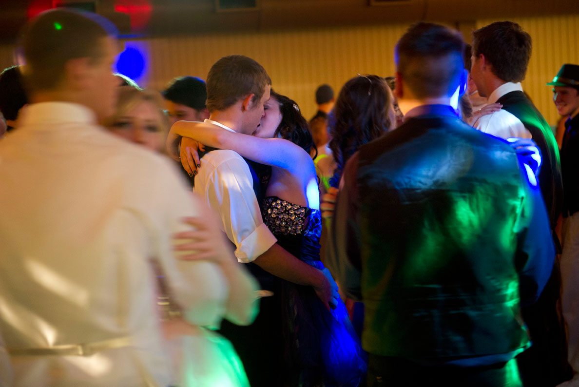 2 way kiss line dance firex smoke detector wiring diagram robin loznak photography prom photos