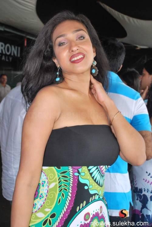 Rituparna Sengupta Hot Sexy Wallpapers  Hot-Celebs-Wallpapers-5516