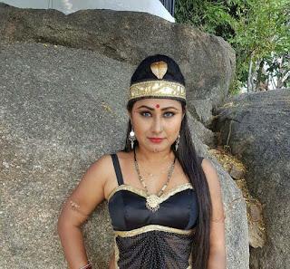 यंका पंडित ने पूरी की 'नाचे नागिन गली गली ' की शूटिंग | Priyanka Pandit Completed Shooting of Nache Nagin Gali Gali