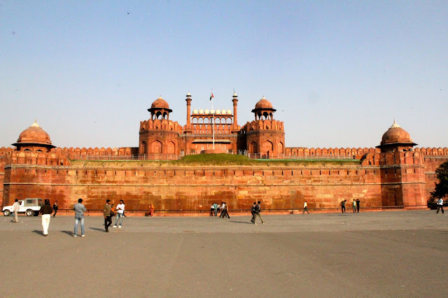 Red Fort is a historic icon situated in Delhi.