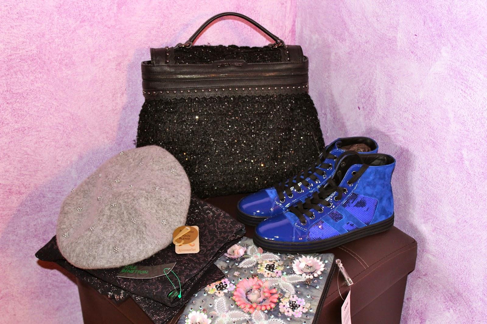 50f57527a4 Ahimè no!!!!! Ho proseguito il cammino con i miei acquisti, spaziando tra  borse, scarpe, pantaloni e.....vi lascio alle foto!!!! Non vedo l'ora di  indossare ...