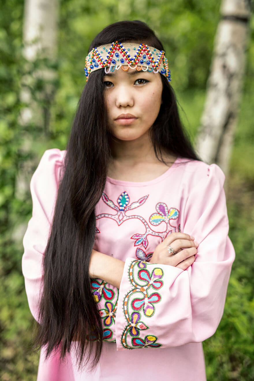 He Traveled 25000 Km In Siberia To Capture The Beauty Of Its Indigenous People With His Camera. The Pictures Are Breathtaking! - Negidal Girl