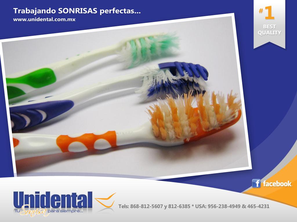 La mayoría de los dentistas están de acuerdo en que el cepillo de dientes  se debe cambiar cada 3 meses. Estudios han demostrado que después de 3  meses de ... 5e5770d418ef