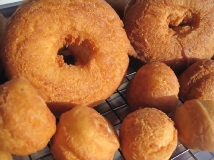 How to make CAKE DOUGHNUTS
