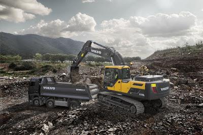Tracbel e Volvo fazem maratona de lançamentos regionais das escavadeiras EC210D e EC210DL