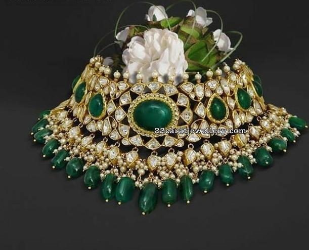 Kundan Emerald Choker by Mangatrai