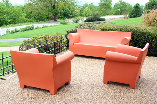 Kartell Bubble Club Armchairs With Sofa In Center