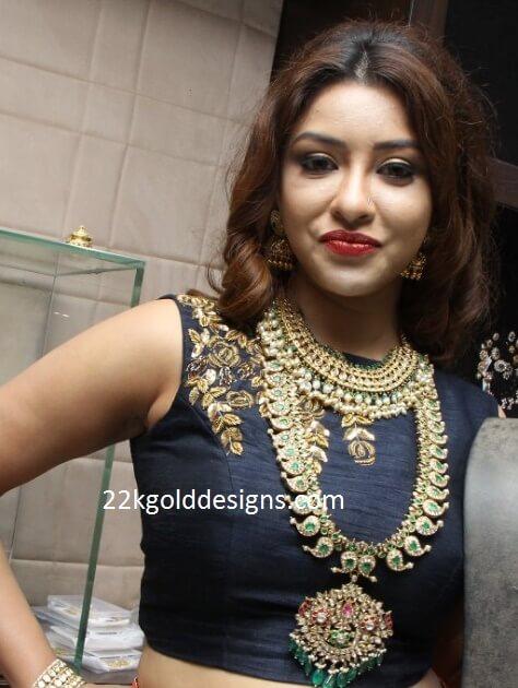 Payal Ghosh in Hiya Designer Jewellery