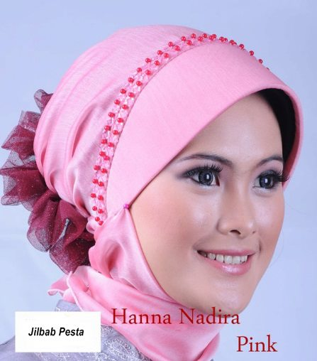 Pernak Pernik: Jilbab Pesta Instan nan Cantik dan Modis