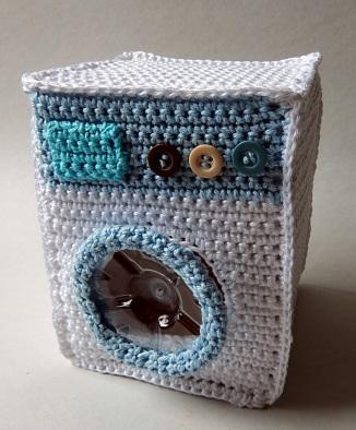 The Take-Away Dolls House • Emma Varnam's blog | 394x326