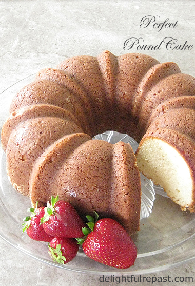 Perfect Pound Cake / www.delightfulrepast.com
