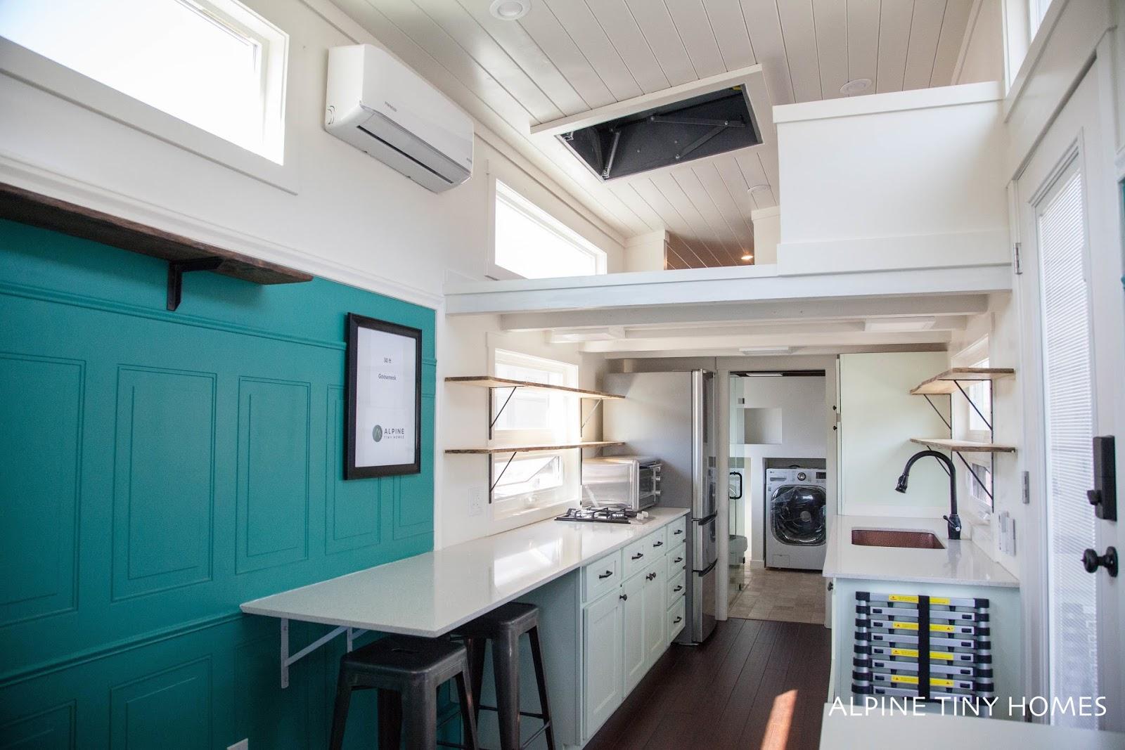 TINY HOUSE TOWN: Santa Rosa Tiny House (315 Sq Ft)