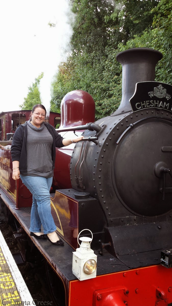 Travelling in style - Catching a steam train on the London Underground - all aboard!