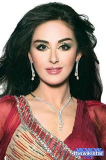 وئام الدحماني (Wiam Dahmani)، مذيعة وممثلة مغربية