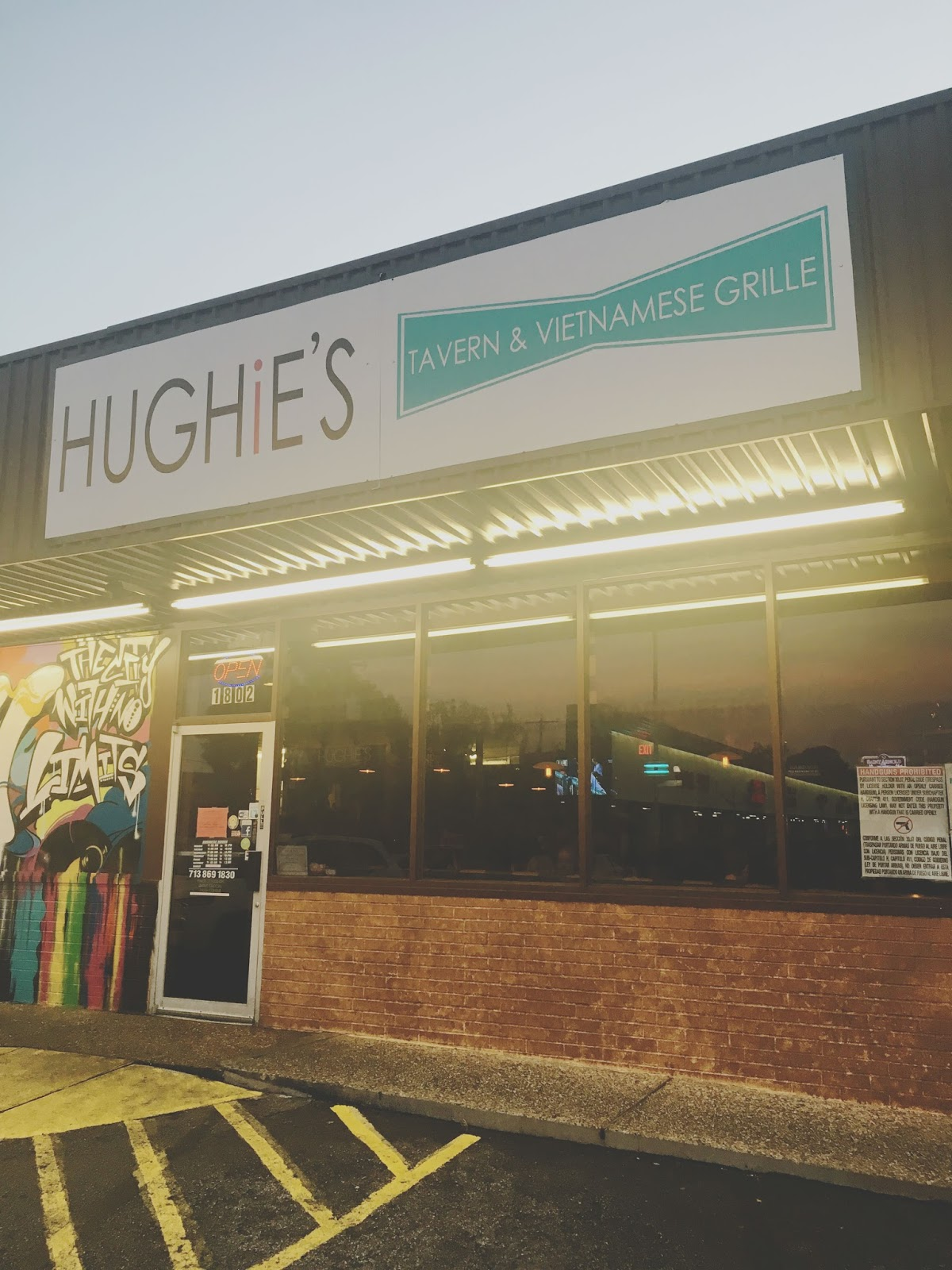 Hughie's - A restaurant/bar in Houston, Texas