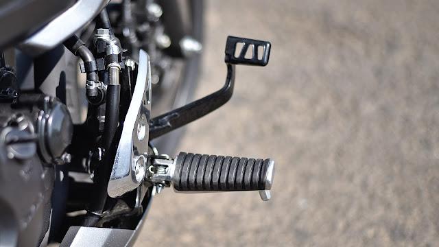 New Suzuki Intruder 150 gear pics