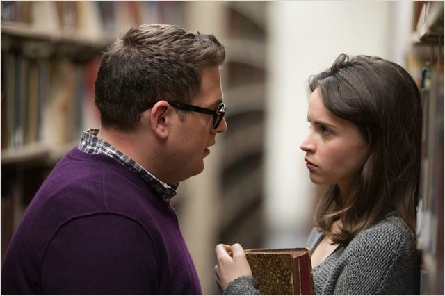 "Jonah Hill y Felicity Jones en ""Una Historia Real"""