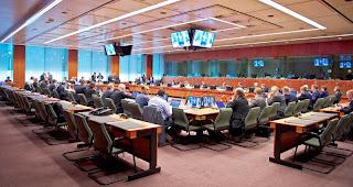 Euroworking Group για το χρέος, έμμεσους φόρους και «κόφτη»