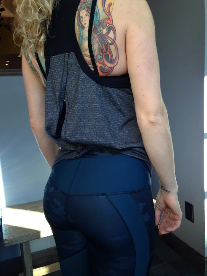lululemon clip in tank