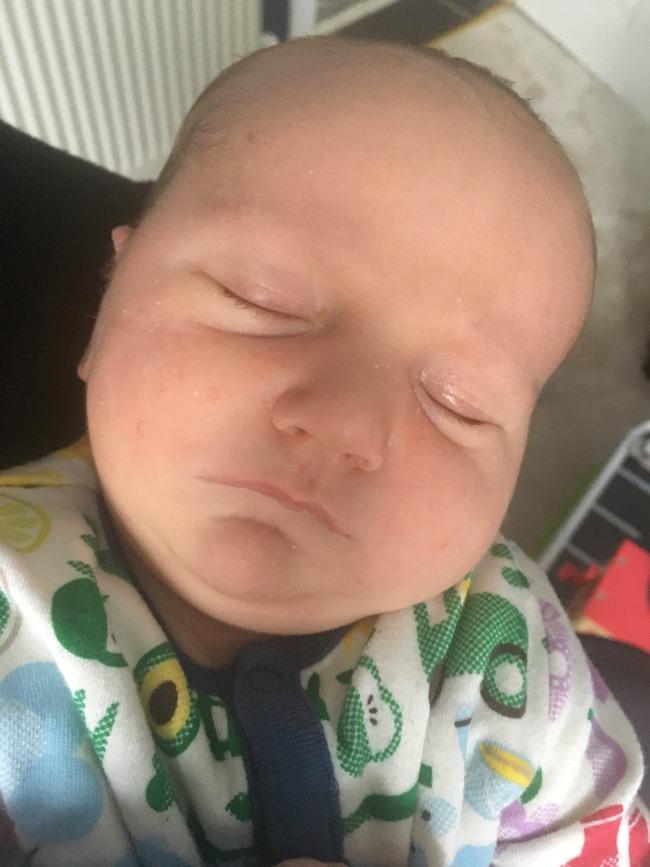 new-born-baby-sleeping