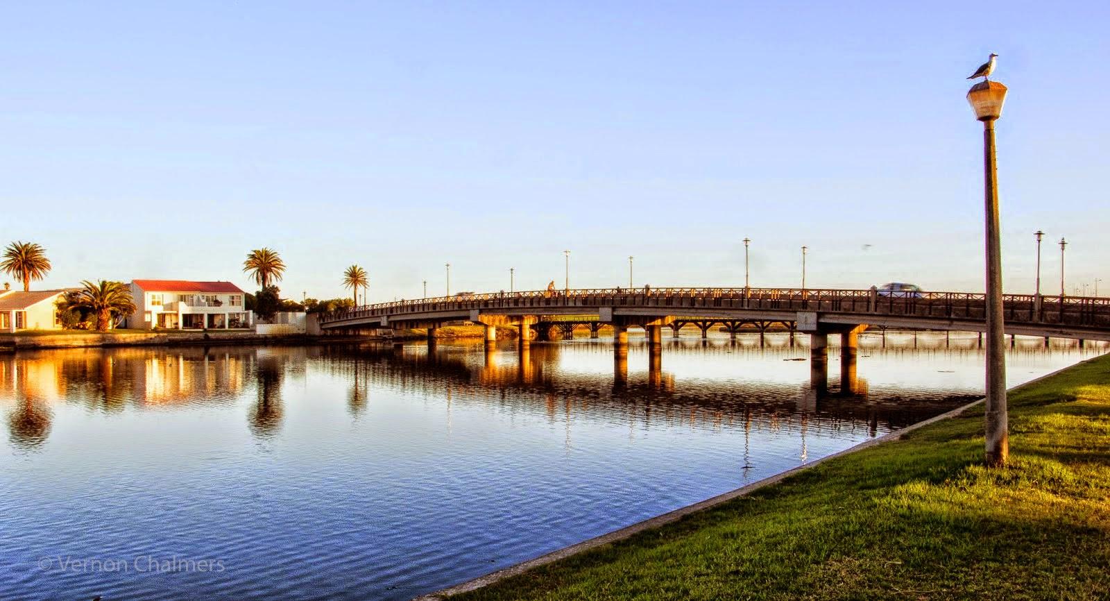 Copyright Vernon Chalmers: Main Bridge on Milnerton Lagoon